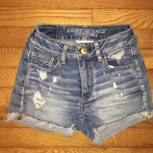 Super cute American Eagle Distressed Denim Shorts